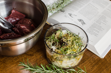 Grass-fed beef skewer cubes and marinade ingredients